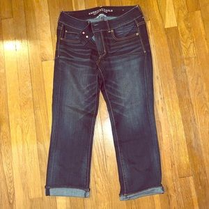 American Eagle Artist style crops size 10.